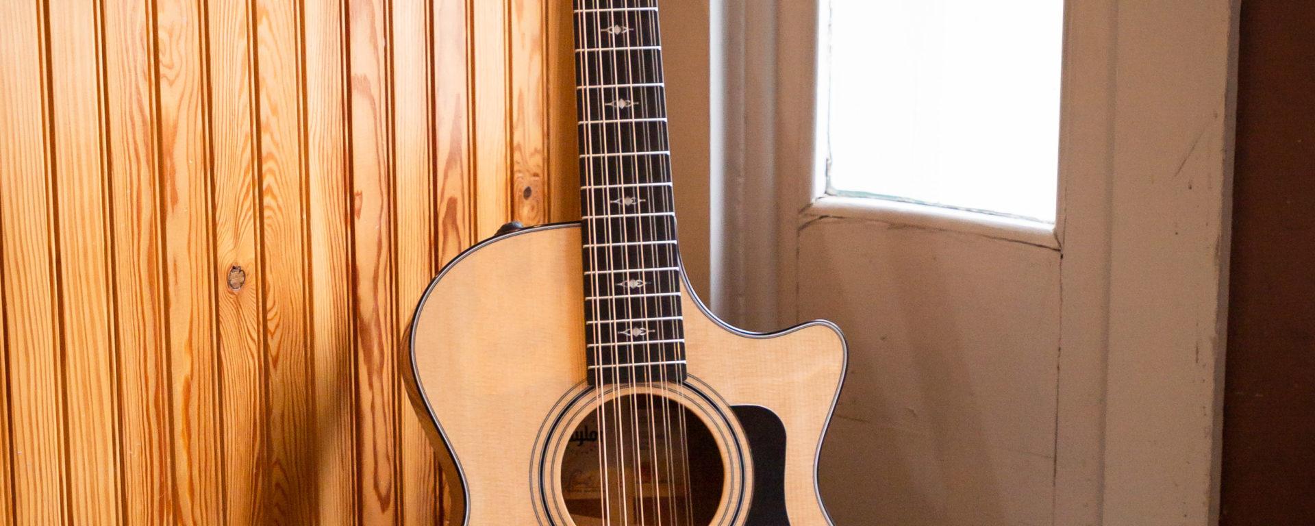 Taylor 352ce 12-String