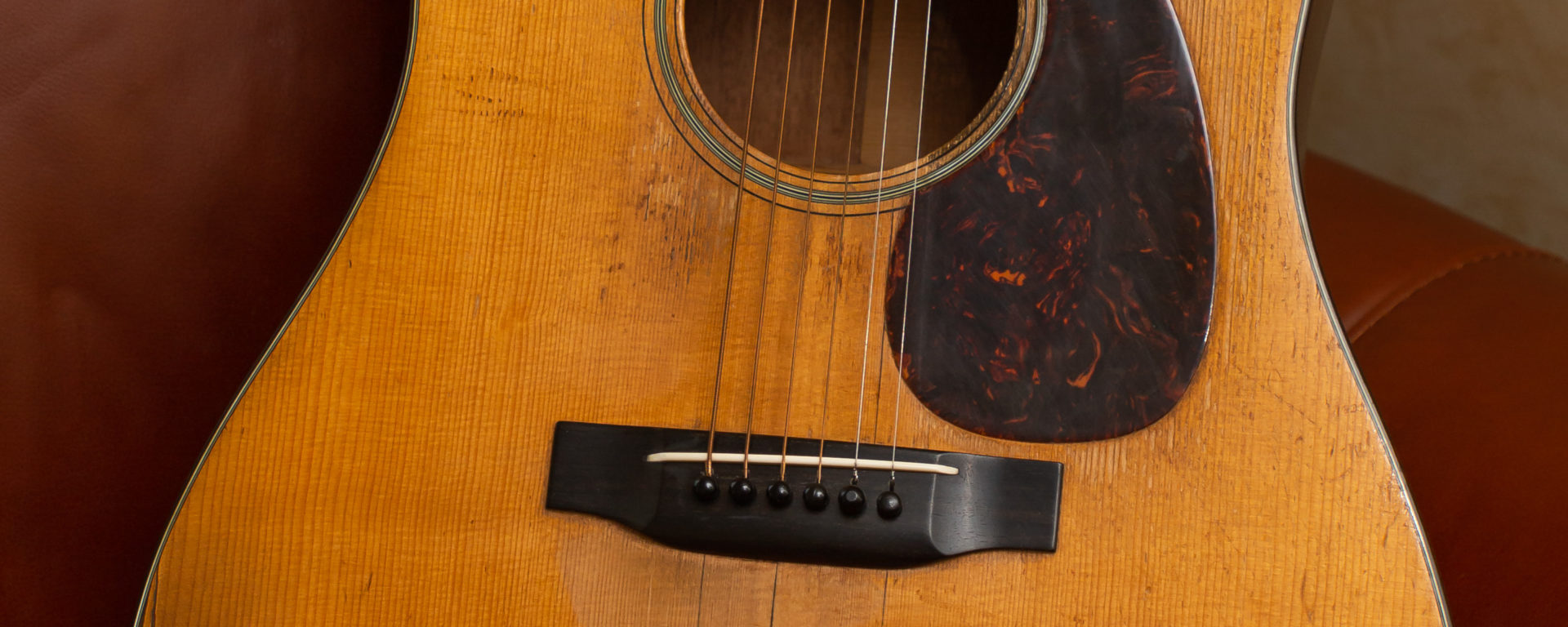 Martin Acoustic Guitars - 1941 D-18