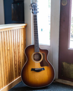 Taylor Acoustic Guitars - 214ce-K SB - Shaded Edge Burst LTD