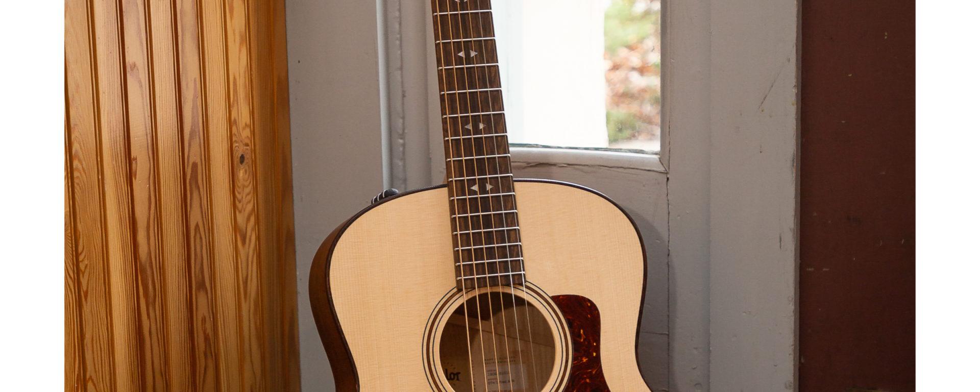 Taylor Guitars - Grand Theater GTE Urban Ash